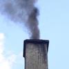 Nejvíc emisí prachových částic mají na svědomí lokální topeniště a automobilová doprava.