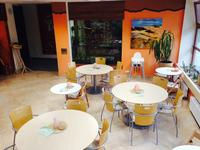 interiér kavárny